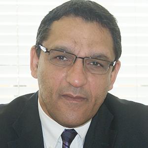 Osman Benchikh 博士